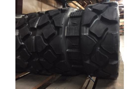 320X86X52 Rubber Track - Fits Bobcat Model: T650, Turf Tread Pattern