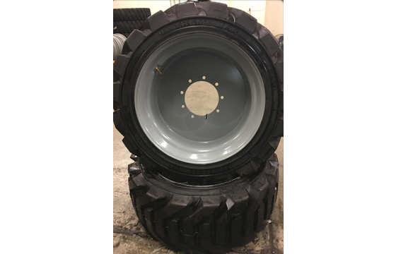 Genie S60 Left-Side Air Tire & Wheel Assembly