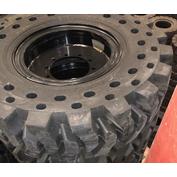 10K Telehandler Solid Tire & Wheel Assembly - 14.00x24/8.5