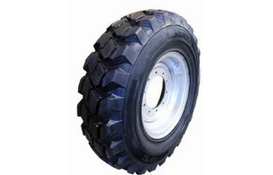 Reconditioned G2 Solid Boss Directional Tires for Telehandlers