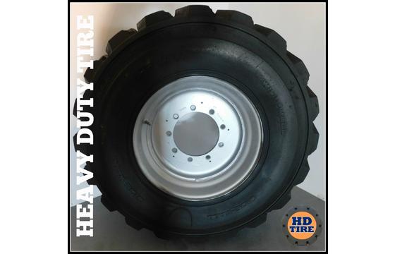 (1) 15-19.5 Used Foam Filled OTR 14 Ply Tire 15x19.5 15195 Tyre