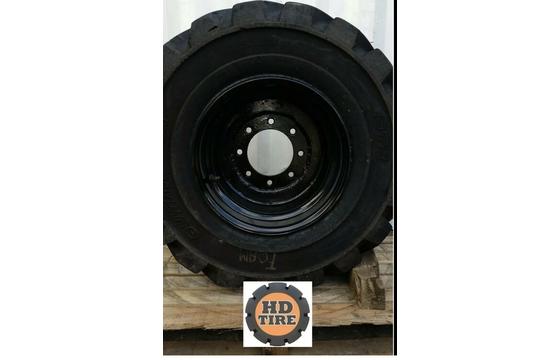 (1) 33x15.50-16.5 Used Foam Filled Tire On 8 Bolt Wheel, 33-15.50x16.5, Tyre