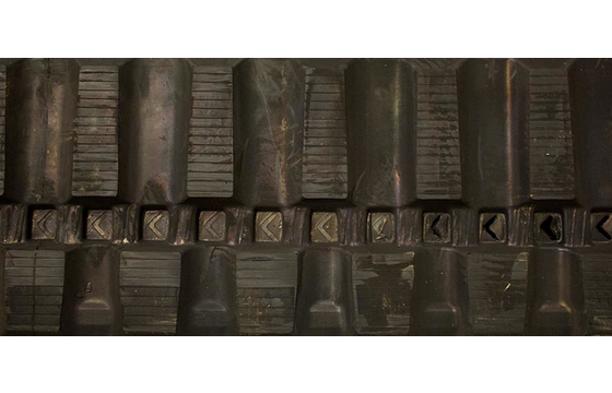 450X86X56 Rubber Track - Fits John Deere Models: CT332 / 329D / 329E / 333D / 333E, Staggered Block Tread Pattern