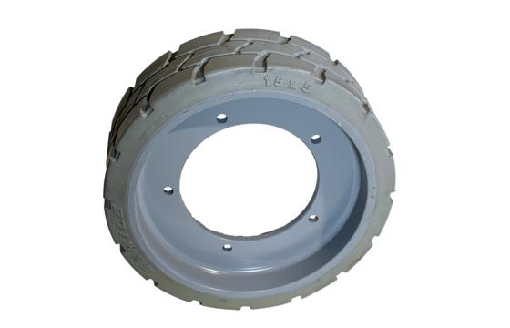 MEC 15X5(184.3) Large Pilot Hole Tire & Wheel Assembly