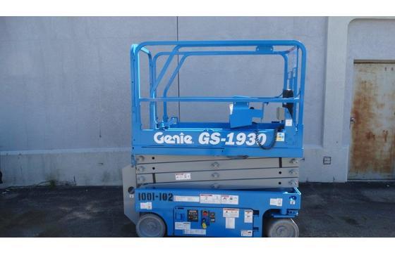 2014 Genie GS-1930 Electric Scissor Lift
