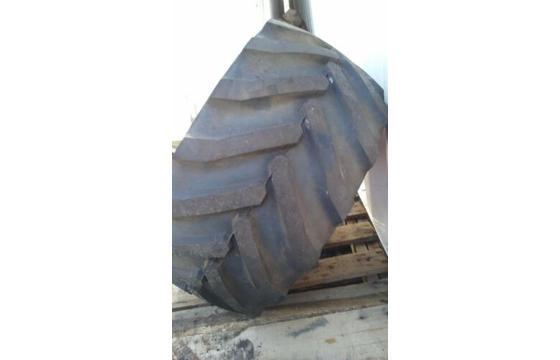26x12D380 OTR Outrigger Foam Filled Tire & Wheel 26x12-380, 2612380 Tyre X 1