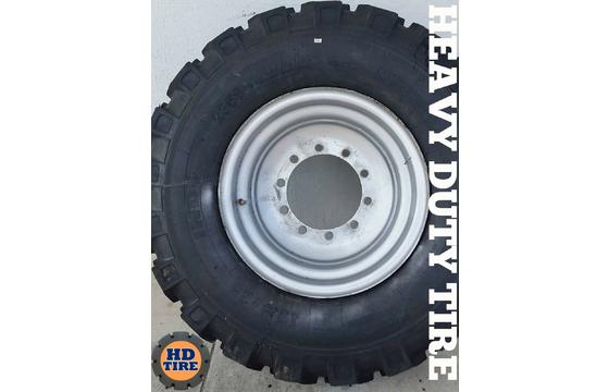 17.5-25 JLG 12055, Skytrak 10054 Telehandler On 10 Bolt Wheels, 17.5X25 Tyre x4