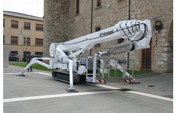 XTJ 140 Spider Platform 141ft Working Height