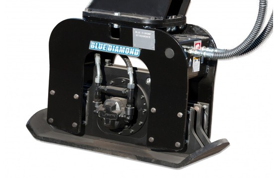 "Excavator Plate Compactor C310 5000-12000# Machines 24"" X 12"""
