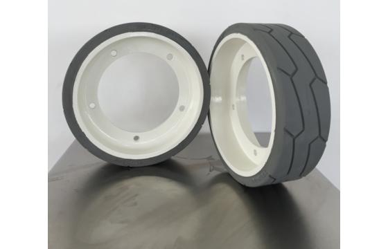 323x100 (186.4) PHOENIX 3 Scissor Lift Tire