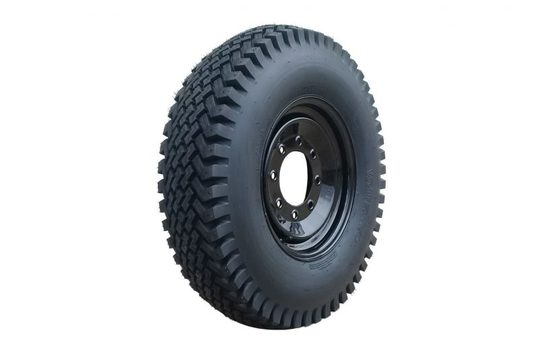 Series 400 8 Bolt Tire/Wheel Set For  14 X 17.5 Tires. Studs Not Available