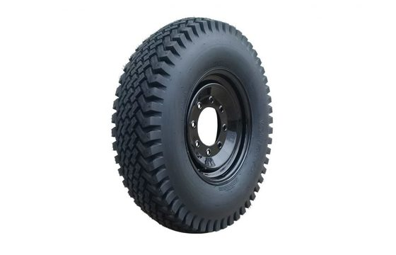 400 8-Bolt Snow Tire and Wheel Set for Skid Steers 14x17.5 Tires